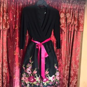 Leslie Fay black dress with pink embroidery 🌹
